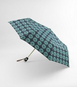 Fight the rain in style all year long with the Tory Burch Foundation Umbrella. 100% of the proceeds will go to The Tory Burch Foundation, which is committed to giving economic opportunities to women in need.